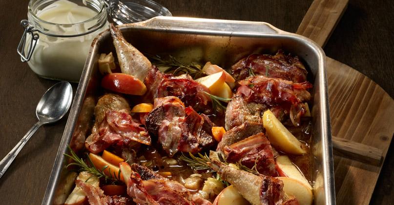 Wildgenuss Fasan mit Aepfeln und Calvados Sauce